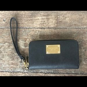 Small black Michael Kors wallet